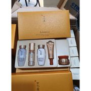 Sulwhasoo concentrated ginseng renewing basic kit